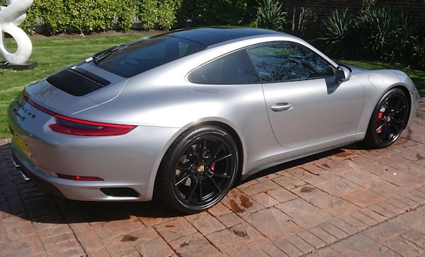 Porsche 911 Carrera 4S after a Gold valet