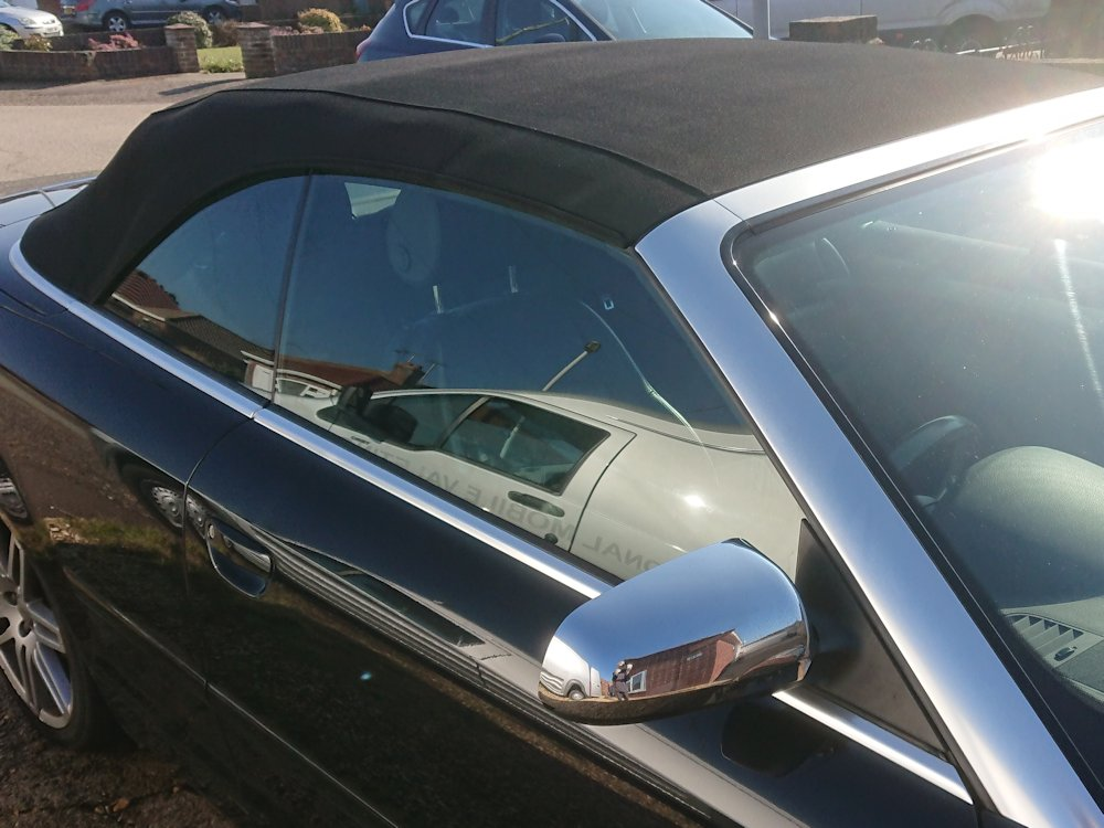 2007 Audi A4 convertible roof following deep clean, recolour and reproof