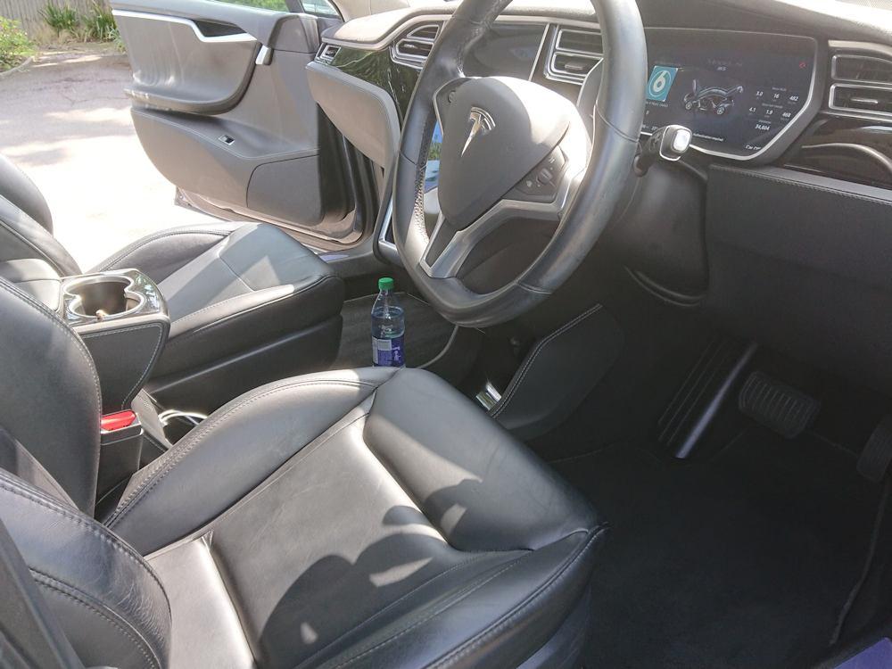 Tesla Model S interior Platinum valet