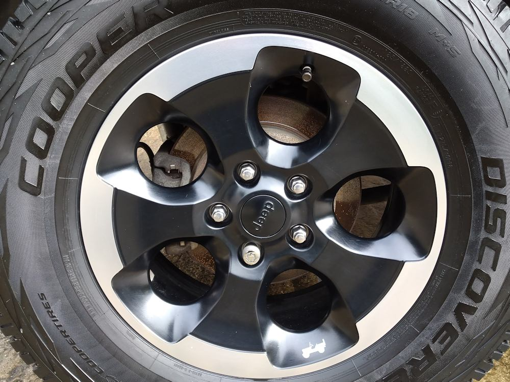 Jeep Wrangler winter protection valet - wheels sealed