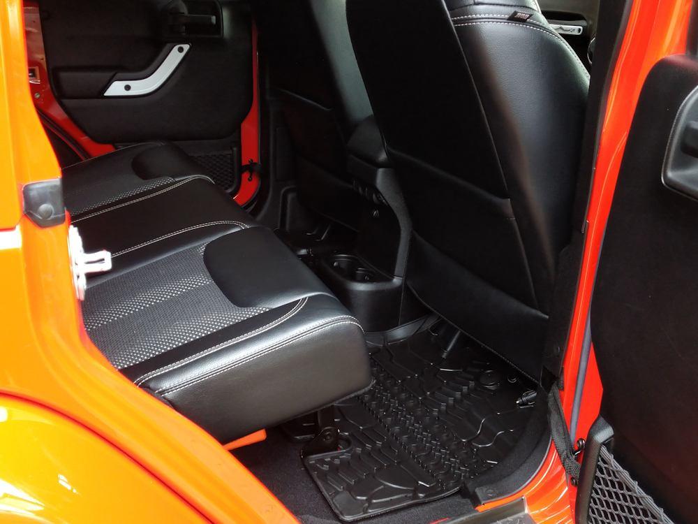 Jeep Wrangler interior valet