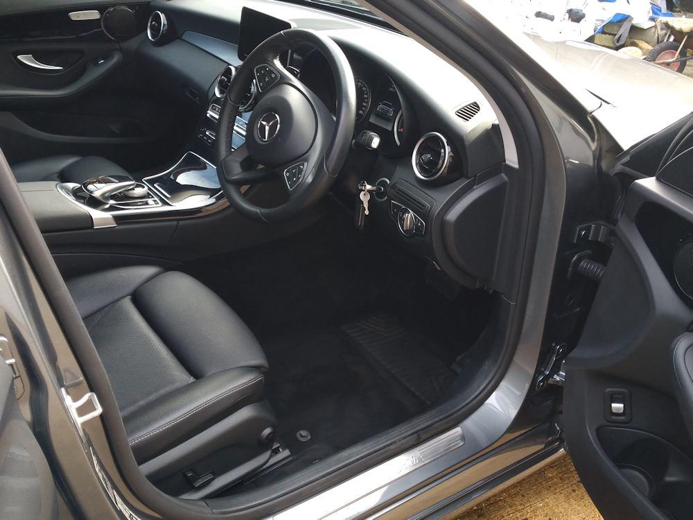 Mercedes C220 after interior Gold valet