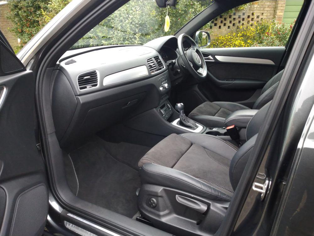 Audi Q3 interior Gold valet ready for lease return